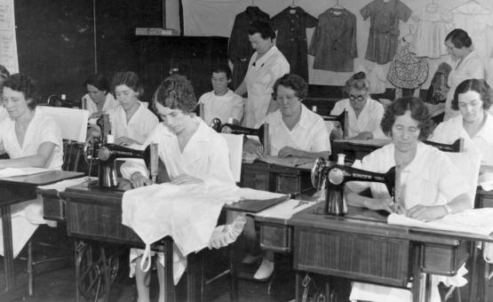 """&quot;Project #195 District 5: Women&#039;s sewing projects in Boyd County. View, photographed June 15, 1936, of the Training Work Center at Ashland, KY. Women of the Center are shown making wearing apparel, 1936.&quot;  Part of Goodman-Paxton Photographic Collection, 1934-1942, University of Kentucky Special Collections.  Accession number pa64m1.  <a href=""""http://kdl.kyvl.org/catalog/xt7nvx05xv47_406_8"""">http://kdl.kyvl.org/catalog/xt7nvx05xv47_406_8</a>"""