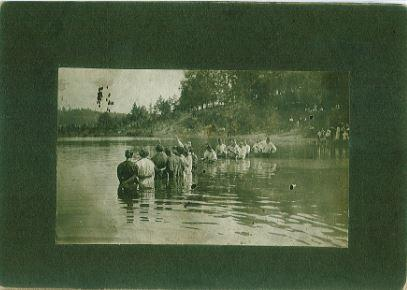 Baptism in Balkan KY.  From the Walter's Family Collection