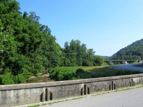 "Viper, Kentucky, looking north down the Left Fork of Maces Creek Rd.  6/11/14.  Photo by Zada Komara  <a href=""mailto:zko222@g.uky.edu"">zko222@g.uky.edu</a>"