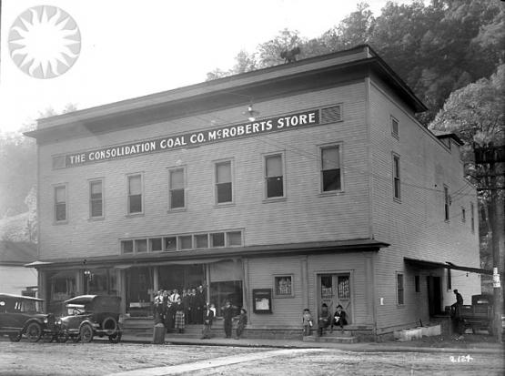 McRoberts Store 25, 10/7/1921.  From the Consolidation Coal Collection, Smithsonian National Museum of American History SI Neg. CCC-2124.