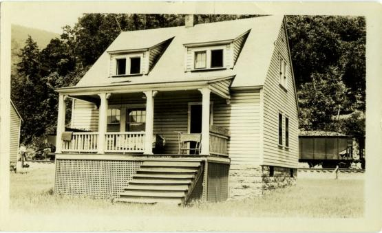 """""""House belonging to Cloversprint Coal Co""""  1931.  From the Hendon Evans Photographs collection, Accession Number pa82m1, University of Kentucky Special Collections."""